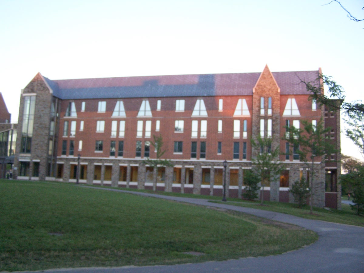 Cornell dormitories ithacating in cornell heights for Cornell interior design undergraduate